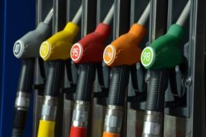 Когда запретят эксплуатацию авто на бензине и дизеле?