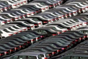 Украинцы начали покупать больше новых авто
