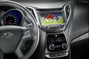 Теперь в автомобиле  Hyundai можно смотреть футбол