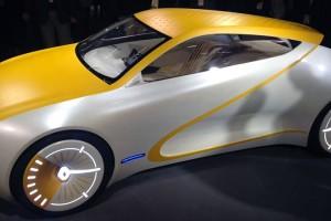 Первое авто Renault с деревянными сиденьями